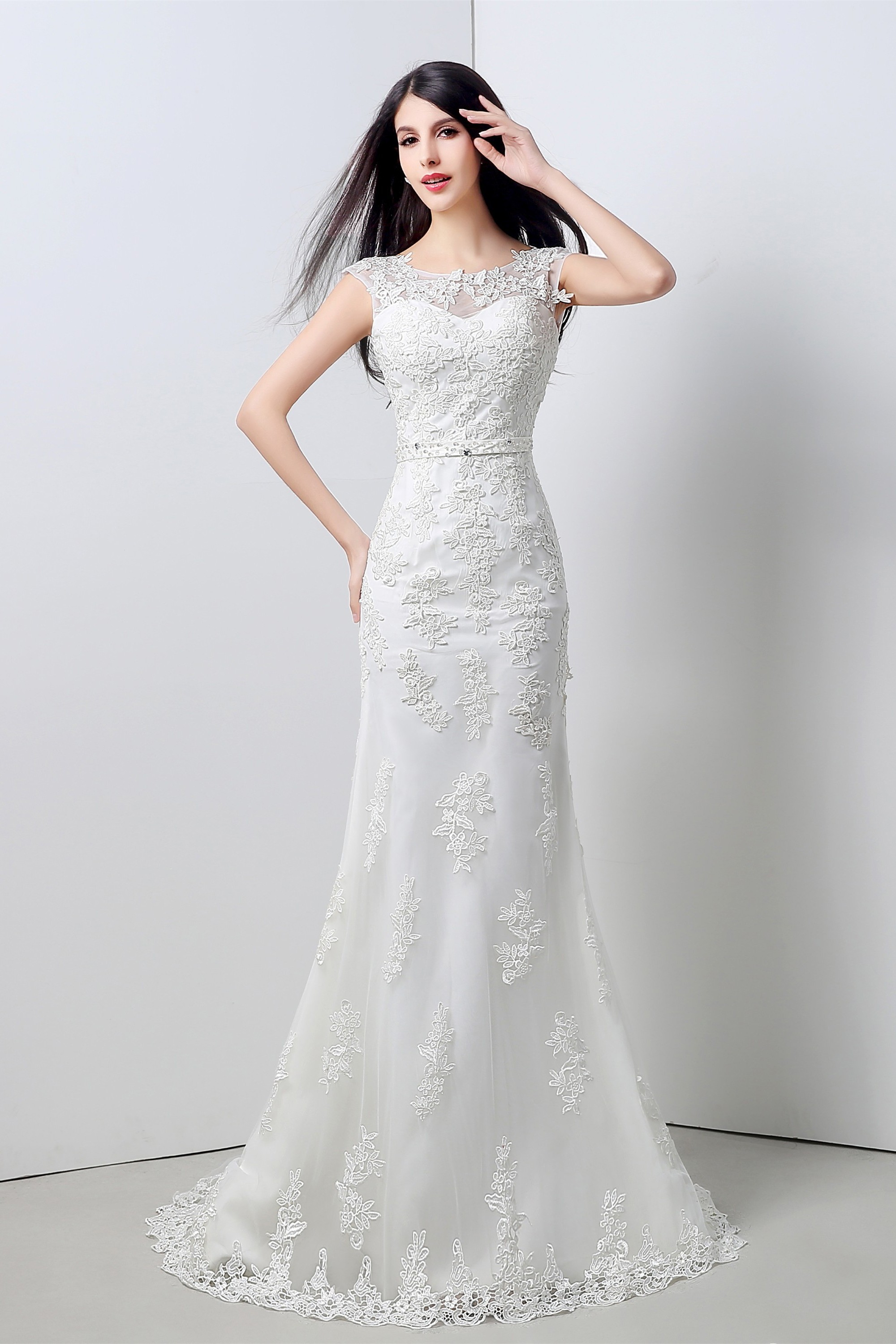 Elegant Mermaid Scoop Neck V Back Cap Sleeve Lace Wedding Dress With