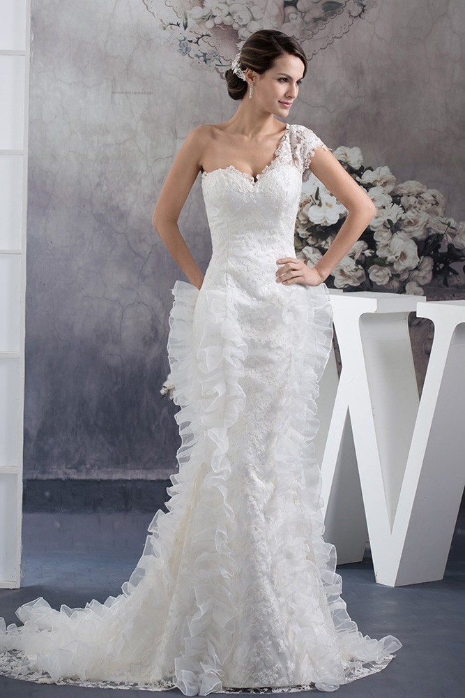 b56bc397dc8 Special Mermaid Sweetheart One Shoulder Short Sleeve Ivory Lace Wedding  Dress Bridal Gown
