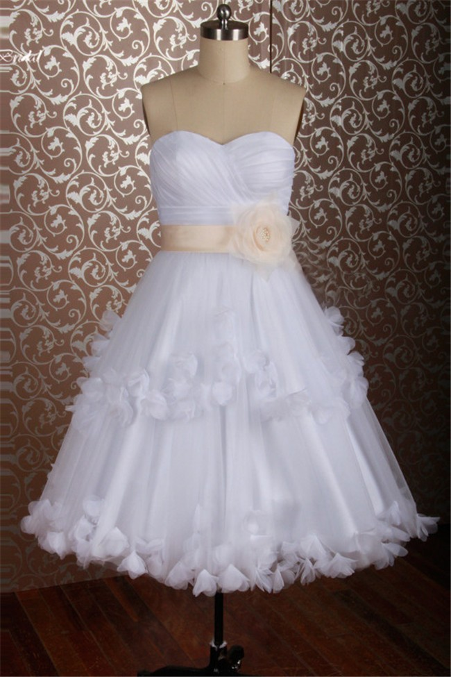 A Line Sweetheart Short White Tulle Flower Wedding Dress With Bow Sash