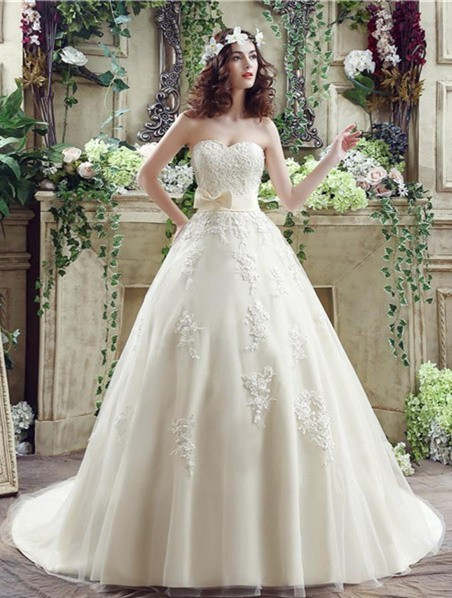 Ball gown sweetheart cream colored satin lace wedding for Cream colored lace wedding dresses