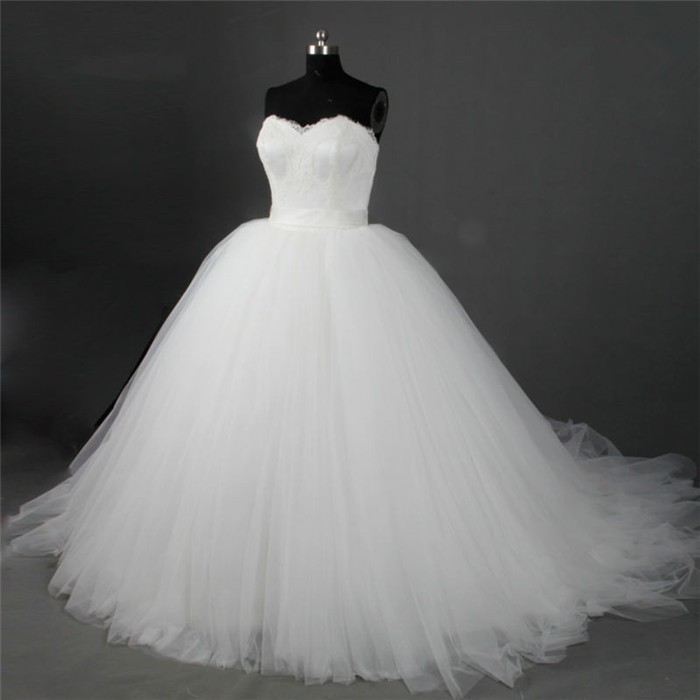 Ball Gown Sweetheart Lace Tulle Puffy Plus Size Wedding Dress With Sash