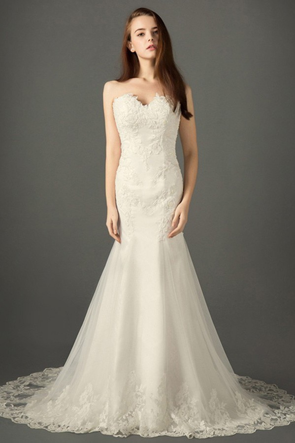 Classic Mermaid Strapless Sweetheart Ivory Tulle Lace Wedding Dress