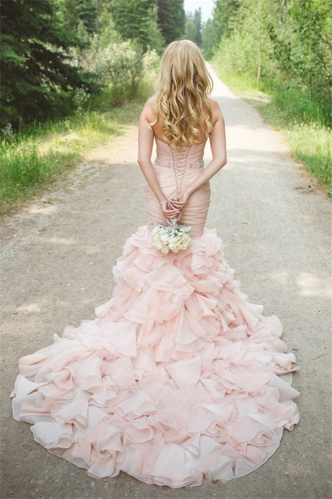 Stunning mermaid strapless blush pink organza ruffle for Pink ruffle wedding dress