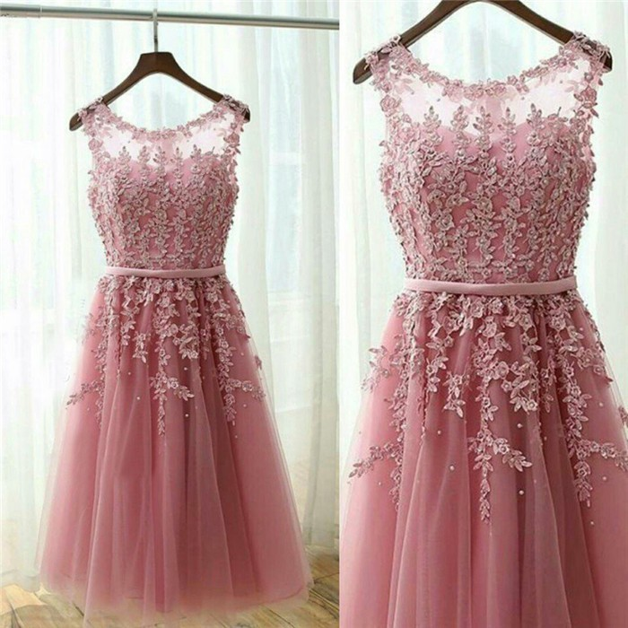 Stunning Scoop Neck Short Dusty Rose Tulle Lace Prom Dress With Belt