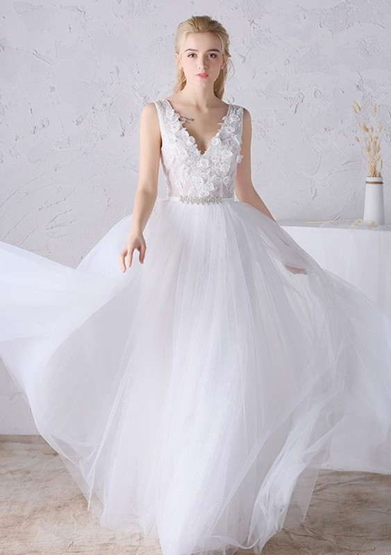 V Neck Low Back Tulle Lace Tulle Flowing Boho Wedding Dress Crystals ...