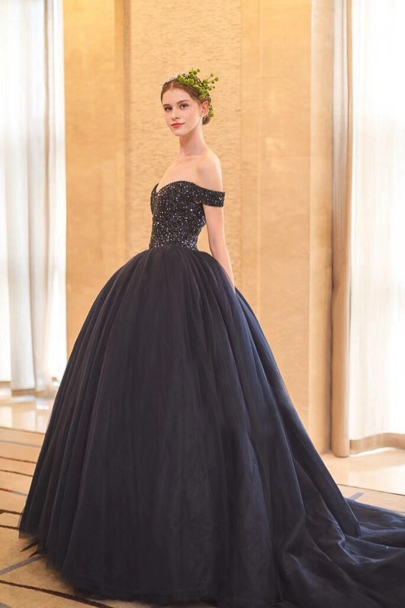New Arrival Ball Gown Sweetheart Off The Shoulder Corset Crystal ...