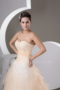 Beautiful Ball Gown Sweetheart Ruffled Peach Tulle Prom Evening Dresses