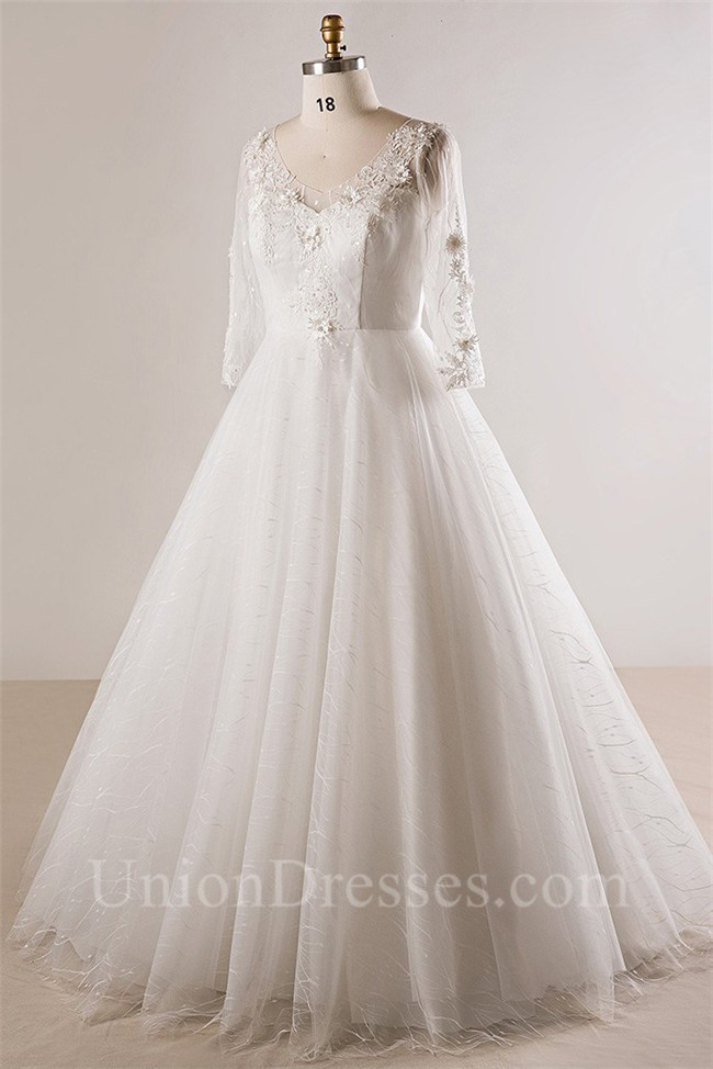 Ball Gown V Neck Long Sleeve Plus Size Lace Wedding Dress Keyhole ...