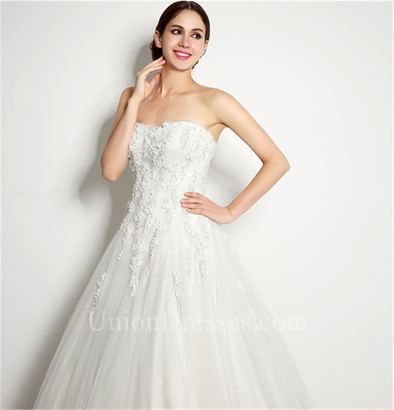 Elegant Ball Gown Strapless Tulle Lace Applique Wedding Dress Corset ...