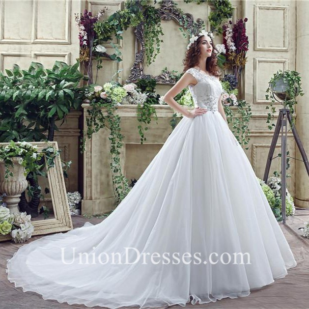 Modest Ball Gown Scalloped Neck Cap Sleeve Organza Lace Wedding ...