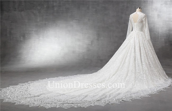 Royal Ball Gown Keyhole Back Long Sleeve Vintage Lace Wedding Dress ...