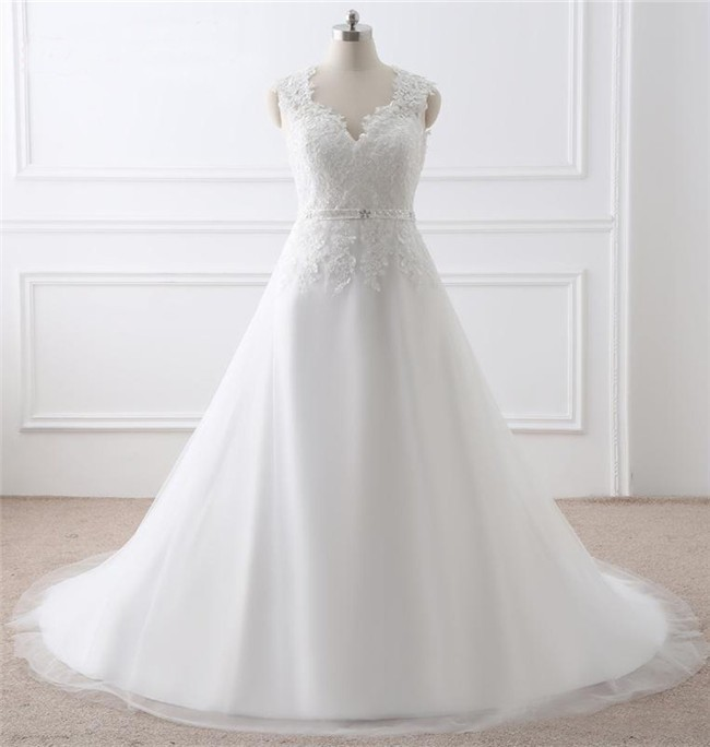 A Line Scalloped Neck Tulle Lace Plus Size Women Wedding Dress With Sash