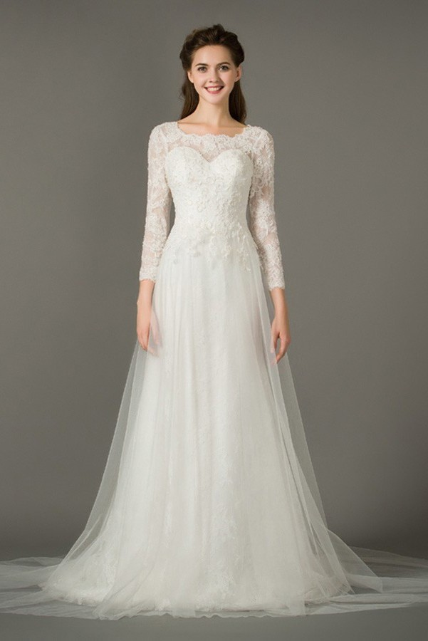 Adorable A Line Scalloped Neckline 3 4 Sleeve Lace Tulle Wedding Dress
