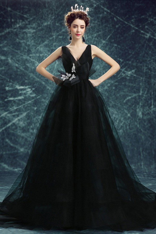 Gothic Wedding Dress.Ball Gown V Neck Backless Black Tulle Gothic Wedding Dress