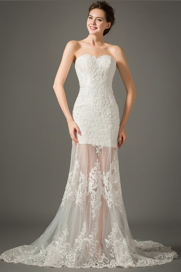Fitted Sweetheart Sheer Skirt Outdoor Lace Wedding Dress With Detachable Straps