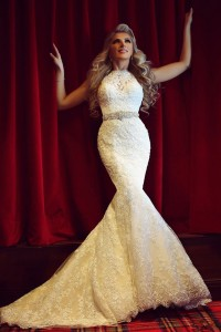 Stunning Mermaid High Neck Vintage Lace Beaded Wedding Dress With Buttons