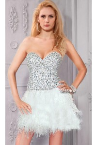 Stunning Strapless Short Mini White Feather Beaded Cocktail Prom Dress