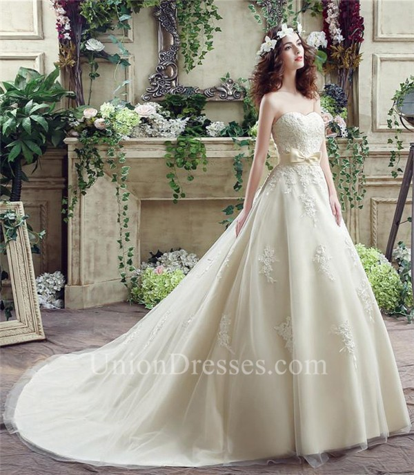 Cream Wedding Dresses: Ball Gown Sweetheart Cream Colored Satin Lace Wedding